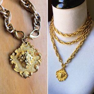 Vintage Avon lion face pendant gold rope necklace